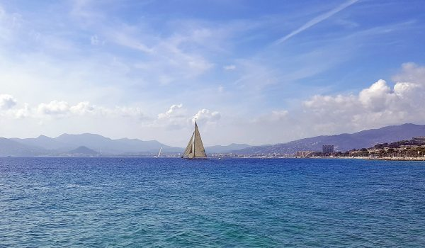 Top 5 Places That Are A Must Visit While At Cannes